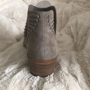 Vince Camuto Shoes - Vince Camuto VC Pevista booties